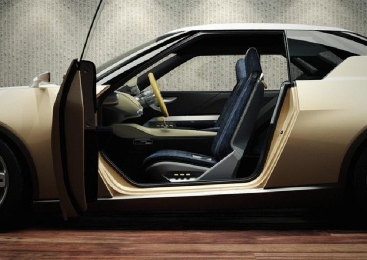 2018 Nissan iDx interior