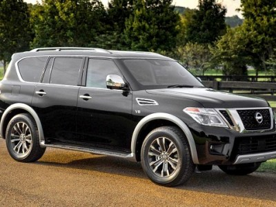 2019 Nissan Armada front view