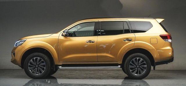 Nissan Xterra side