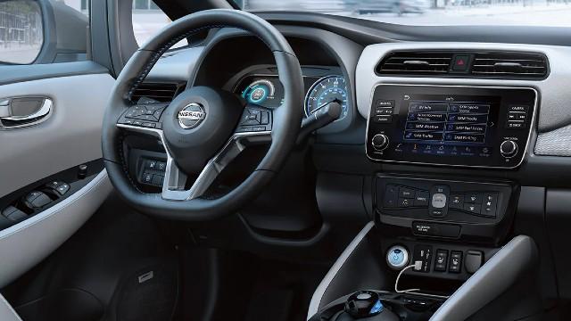 2022 Nissan Leaf Plus interior