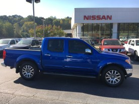 13-frontier-crew-cab-sl-metallic-blue-gray-steel-leather-navigation-nissan-of-lagrange-atlanta-auburn-columbus-newnan-781429a-4