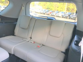 17-armada-platinum-4x4-pearl-white-beige-almond-cloth-captains-chairs-nissan-of-lagrange-atlanta-columbus-newnan-35