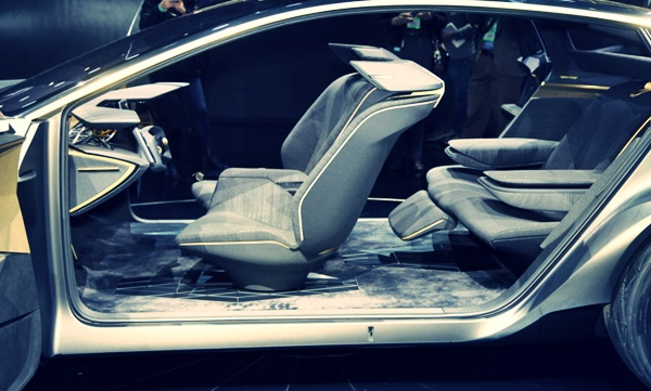 2022 Nissan Maxima Interior Concept