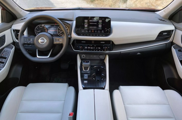 2022 Nissan Rogue Platinum Interior