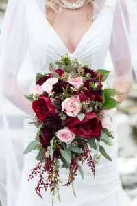burgundy pink rustic wedding bouquet