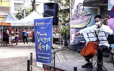 Vacina & Arte no Centro Cultural Paschoal Carlos Magno