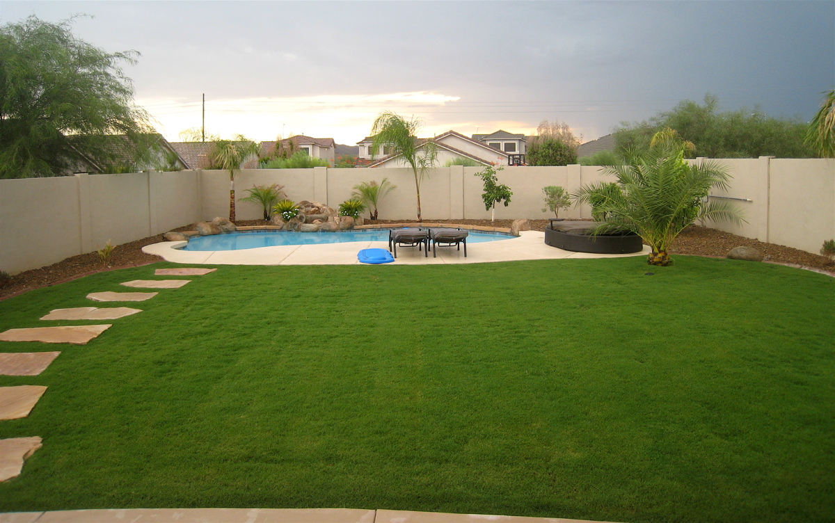 stucco'ing backyard wall (Gilbert: houses, contractors ... on Nice Backyard Landscaping Ideas id=92405