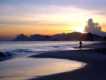 https://i1.wp.com/nitnews.com/img_conteudo/praias-camboinhas02.jpg