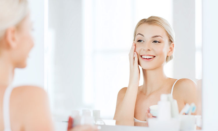 9 Ways to Slip Salicylic Acid into Your Beauty Routine