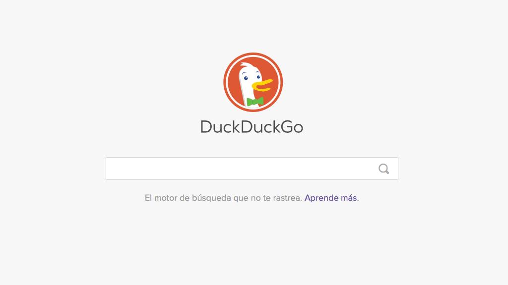 captura de pantalla de la página principal de duckduckgo, buscador web anónimo