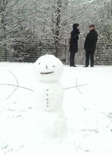 Schneefroh!