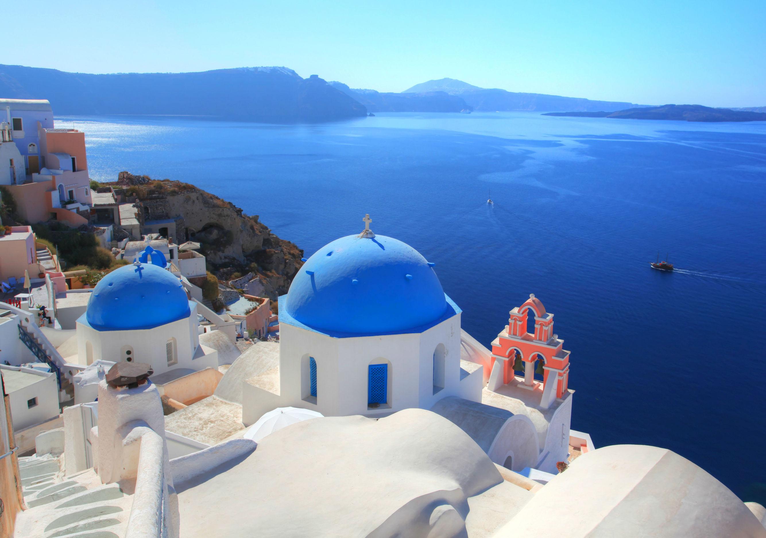 Greek Yacht Charter Itinerary Santorini