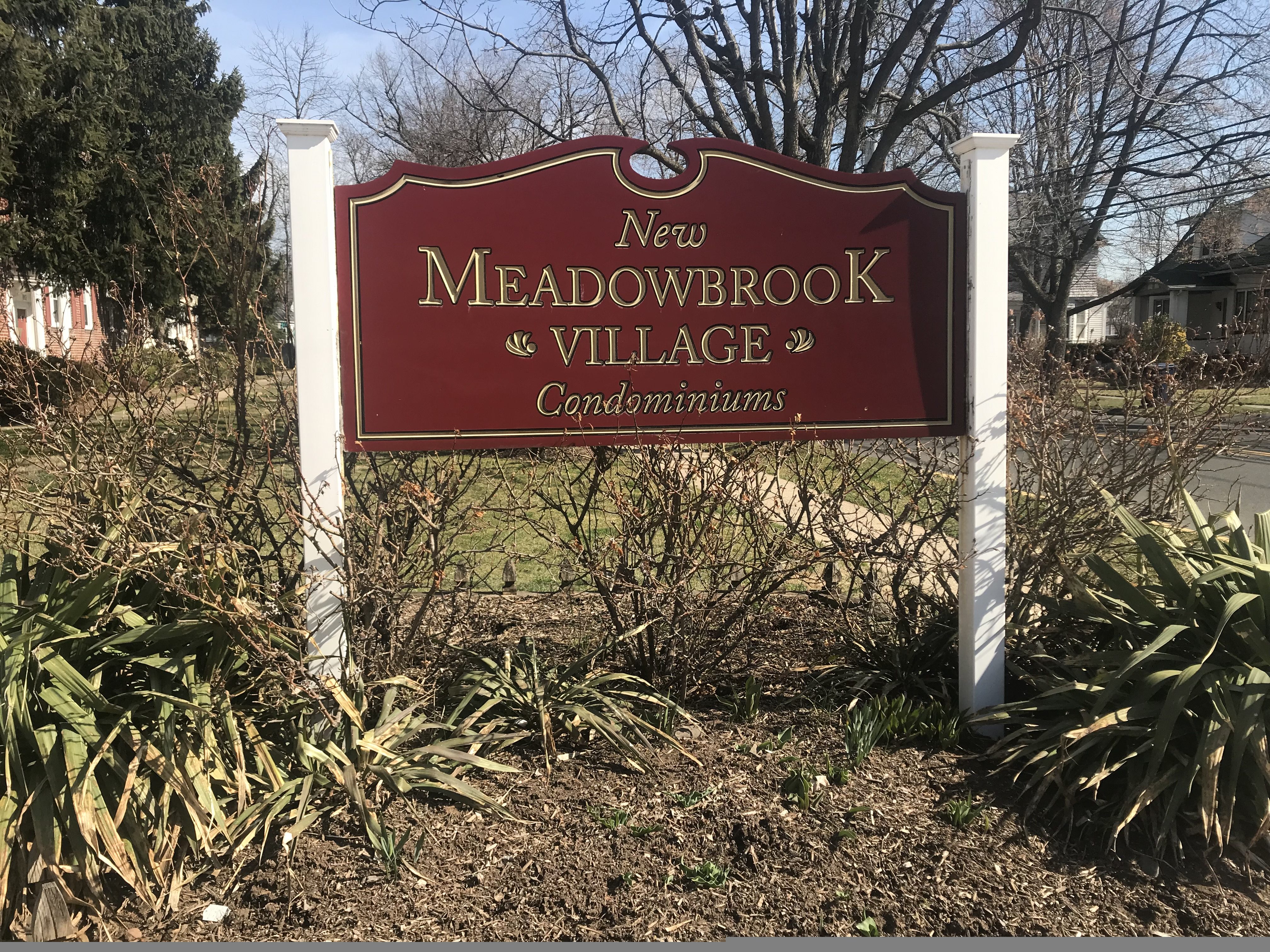 Meadowbrook Village Condos Plainfield