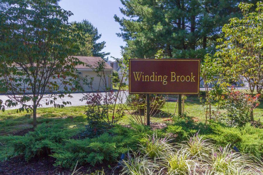 Winding Brook Condos Tinton Falls Sign