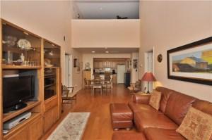 Clifton Cambridge Heights Condos living room