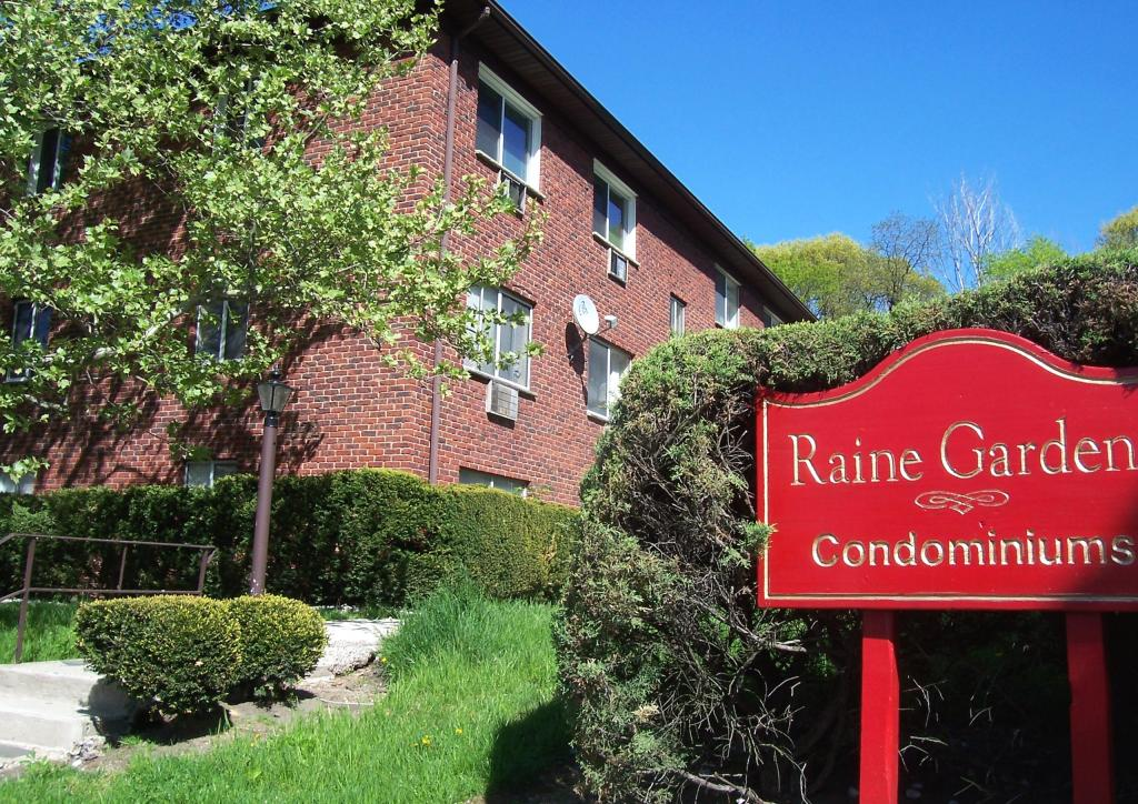 Raine Gardens Condos South Orange