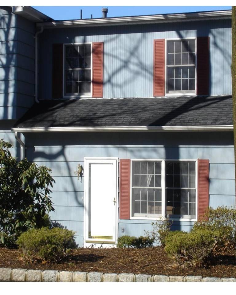 Roosevelt Commons Condos Roseland