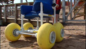 Beach wheelchair at PEI's Brackley Beach  image: CBC