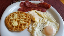 More breakfast with lean Applegate bacon