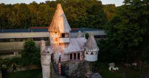 Handmade History: the Gingerbread Castle