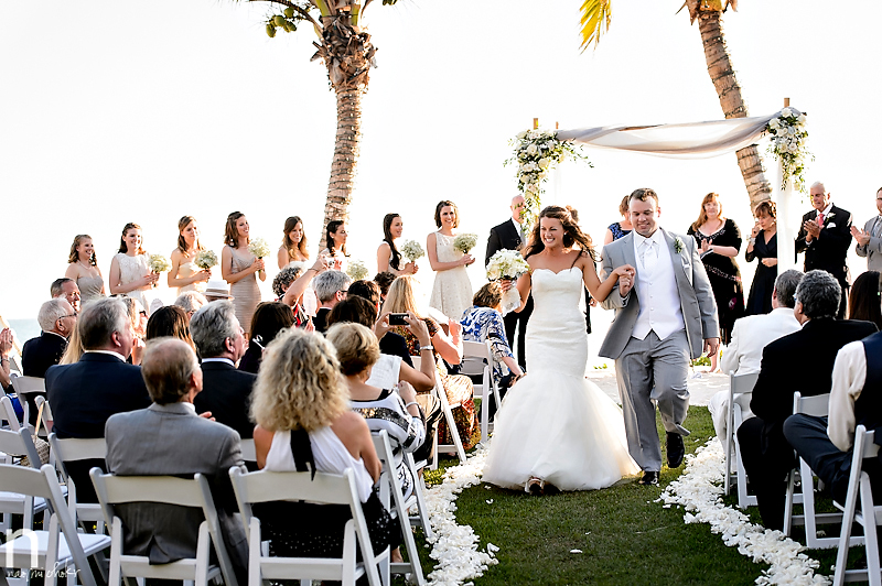 nk-productions-nicole-kaney-naomi-chokr-photography-sarasota-los-angeles-wedding-hotographer-flowers-by-fudgie-us-tent-rental-point-of-rocks-siesta-key-serande-of-souls-center-ring-cakes-michaels-on-east-tammy-gamso-frash-salon5010-bb57