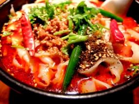 """【激辛グルメ】恵比寿で一番辛いと噂の""""麻辣刀削麺""""は本当に辛かった!品川にもあるよ。"""