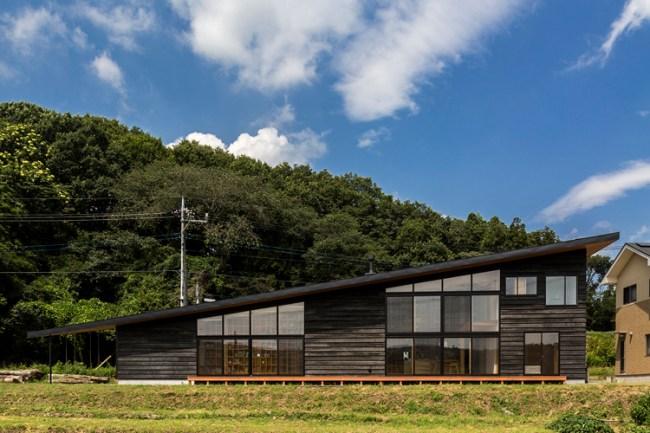 矢板・焼杉の家 中山大輔建築設計事務所