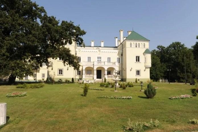 Az acsaújlaki kastély