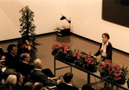 McClintock giving speech at Nobel Conference, 1983 Courtesy of the Barbara McClintock Papers, American Philosophical Society Profiles in Science