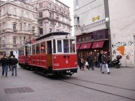 La Cantine and Tunel Tram
