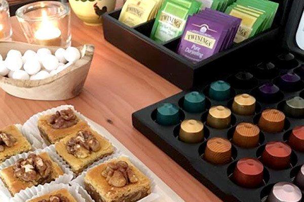 NLP in Bedrijf Hattem smakelijk koffie en thee en hapjes