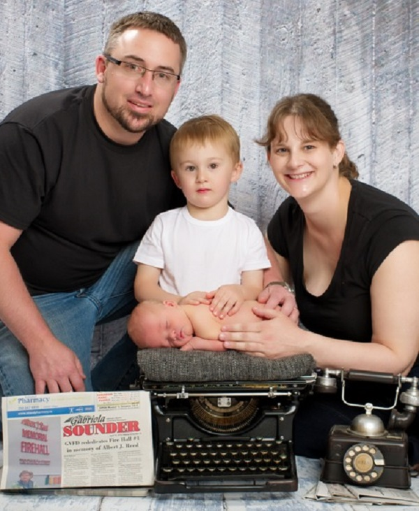 Sarah Holmes and family, Gabriola Sounder, BC