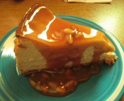 piñon cheesecake with caramel