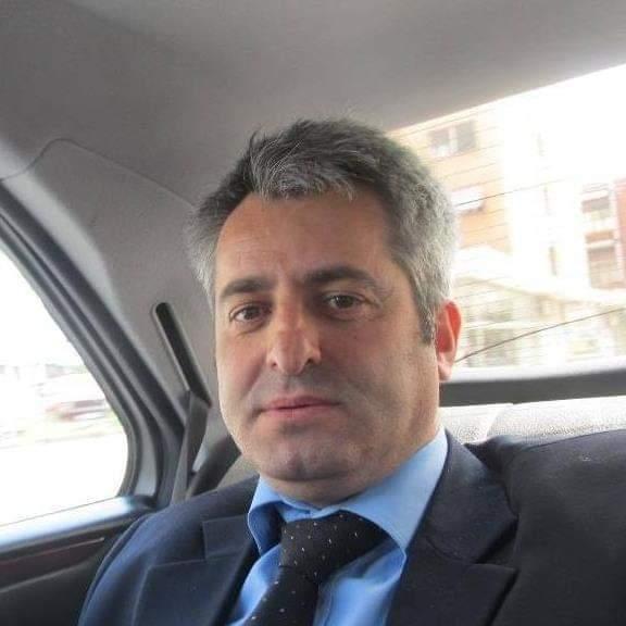 Intelektual shqiptar a jeni gjallë-kombi është në rrezik nga Gjyqësori i pareformuar