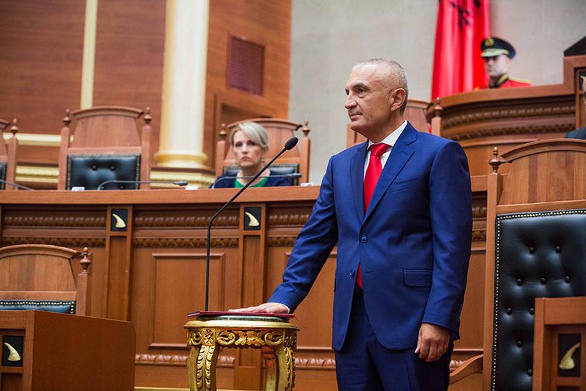 Kuvendi shkarkon Ilir Metën nga pozita e presidentit