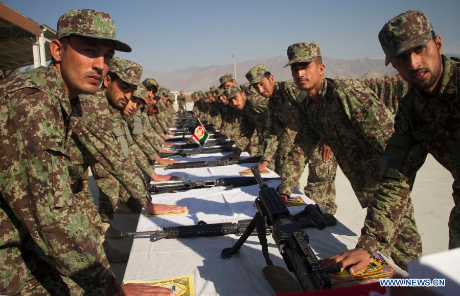 435 soldiers graduate after training in E. Afghan region