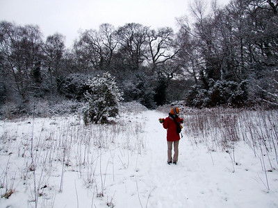 Oanh demonstrates how not to get lost in the snow.