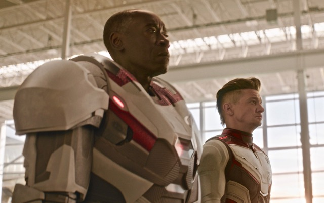 Marvel Studios' AVENGERS: ENDGAME..L to R: War Machine/James Rhodey (Don Cheadle) and Hawkeye/Clint Barton (Jeremy Renner)..Photo: Film Frame..©Marvel Studios 2019