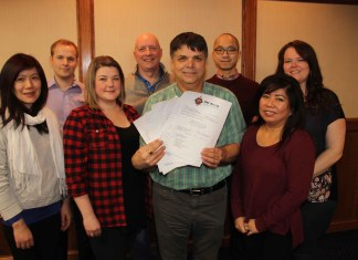 The new board of directors and executive of the Hay River Chamber of Commerce include, front row, left to right, director Eileen Teng Gross, director Jennifer Grandguillot, president Joe Melanson, holding the declarations of the new board members, and director Anna Crosman, and back row, left to right, first vice-president Terry Rowe, treasurer Steve Anderson, director Joey Jung and director Donna Lee Jungkind. Missing from photo are directors Jane Groenewegen, Leah McFarlane and Jerine George. Paul Bickford/NNSL photo