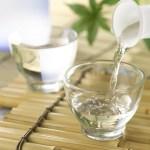 日本酒初心者のメンズへ飲み方から種類含めて利き酒師が楽しみ方を伝えます。