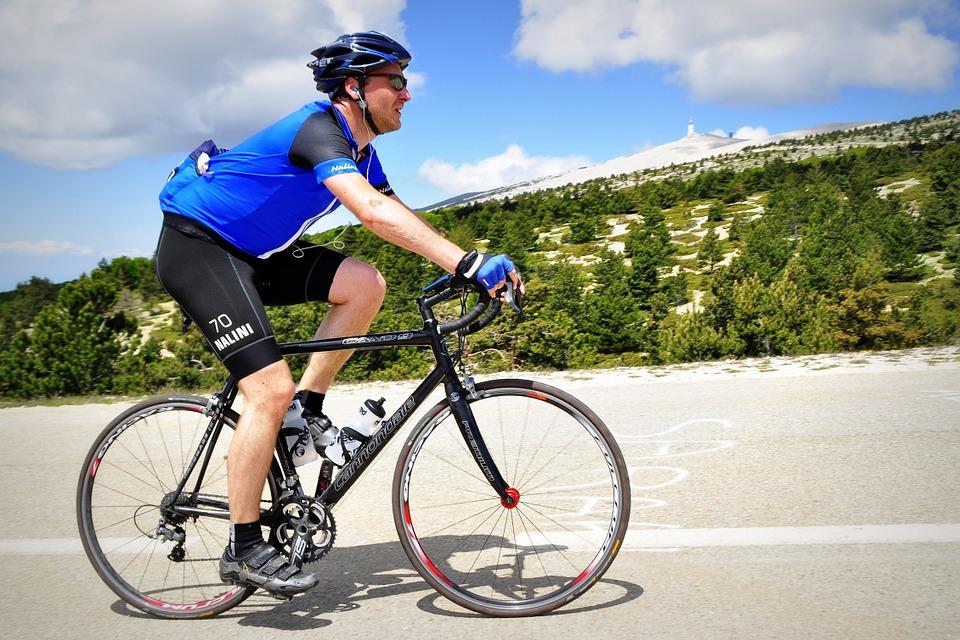 cyclist-394274_960_720