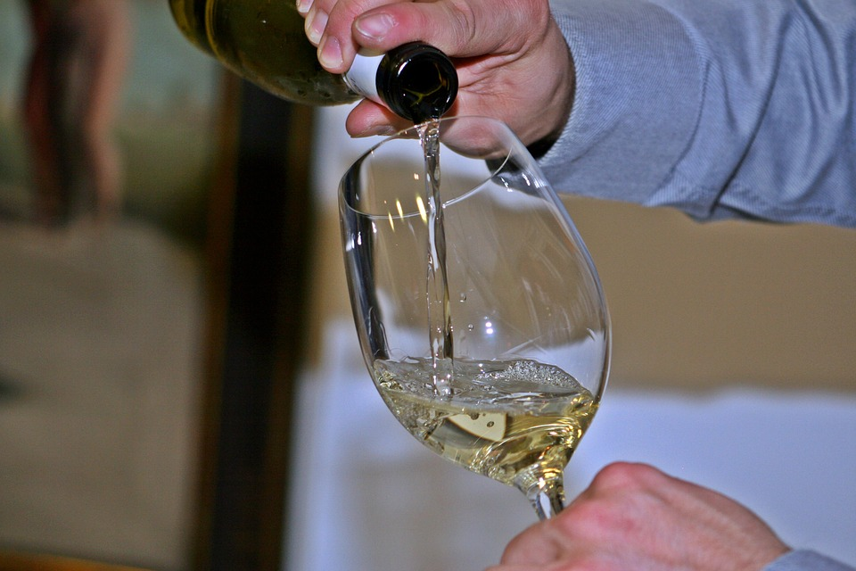 wine-786925_960_720