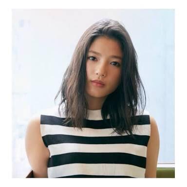 ファッションモデルの石井杏奈さん