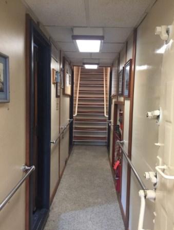 Tiglax hallway