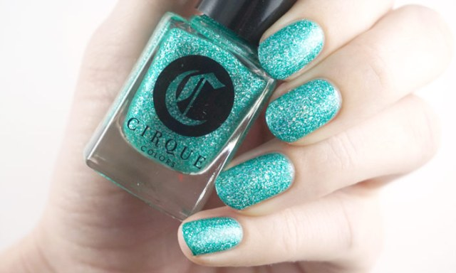 swatch of Cirque Colors Paraiba