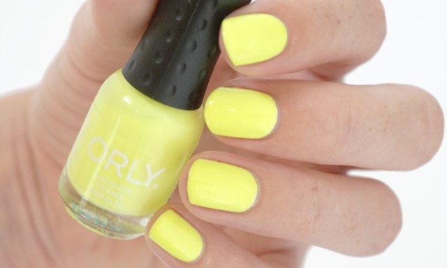 swatch of orly glowstick