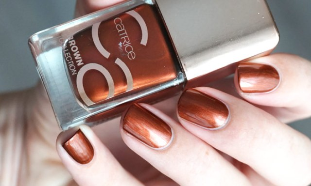 swatch of Catrice goddess of bronze from the new Catrice update