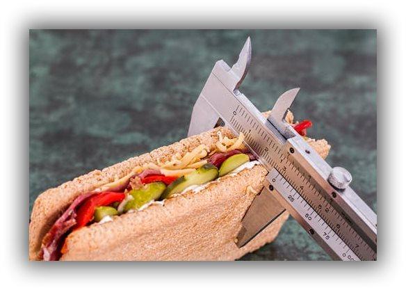 コレステロールの多い食品を制限