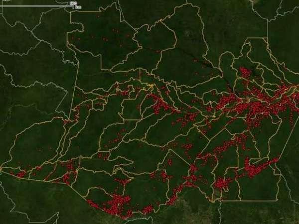 Focos de queimada registrados pelo Inpe em setembro de 2015 (Foto: Reprodução/Inpe)