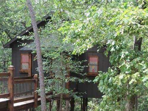 Eureka Springs Treehouses – EUA / Foto : © RoadTrio